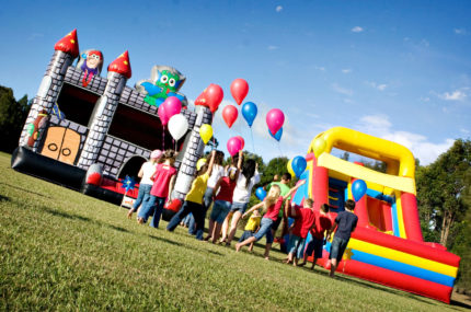 Top 5 Games to Play on a Kids Jumping Castle