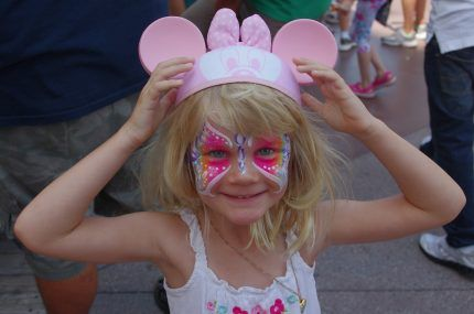 4 Reasons to Include Face Painting in Your Kids' Party